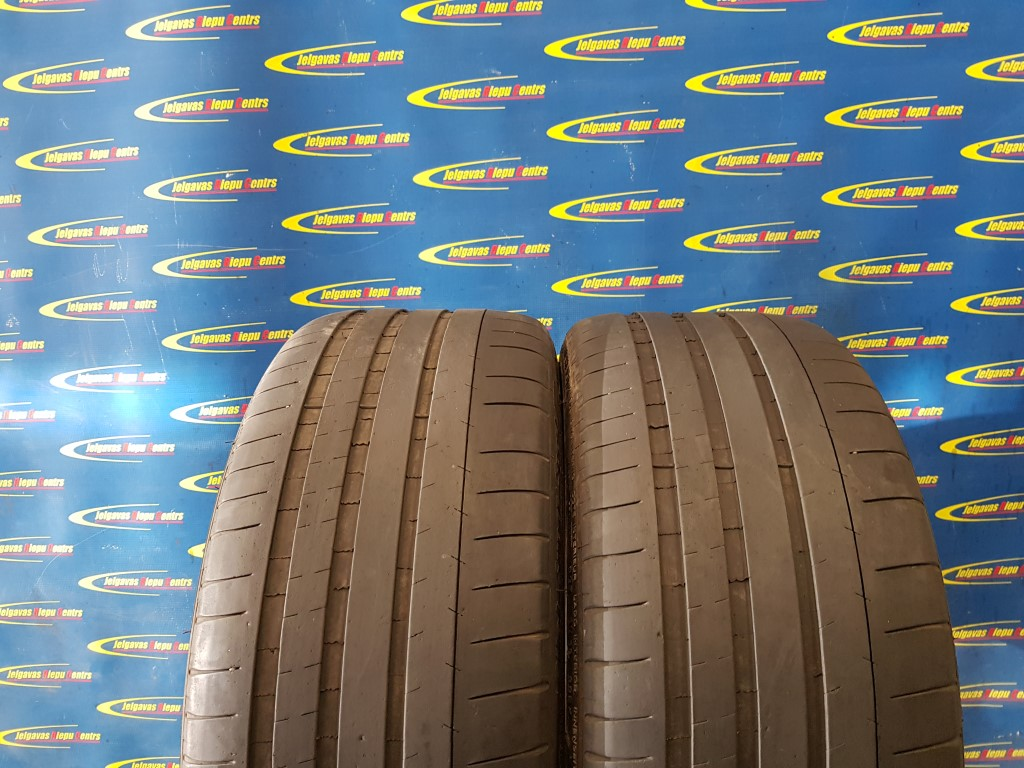 Lietota 245/35/R20 95Y Michelin PilotSuperSport (protektora dziļums 4...3.5mm)
